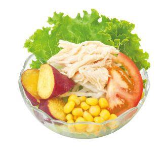 蒸し鶏とさつま芋のサラダ